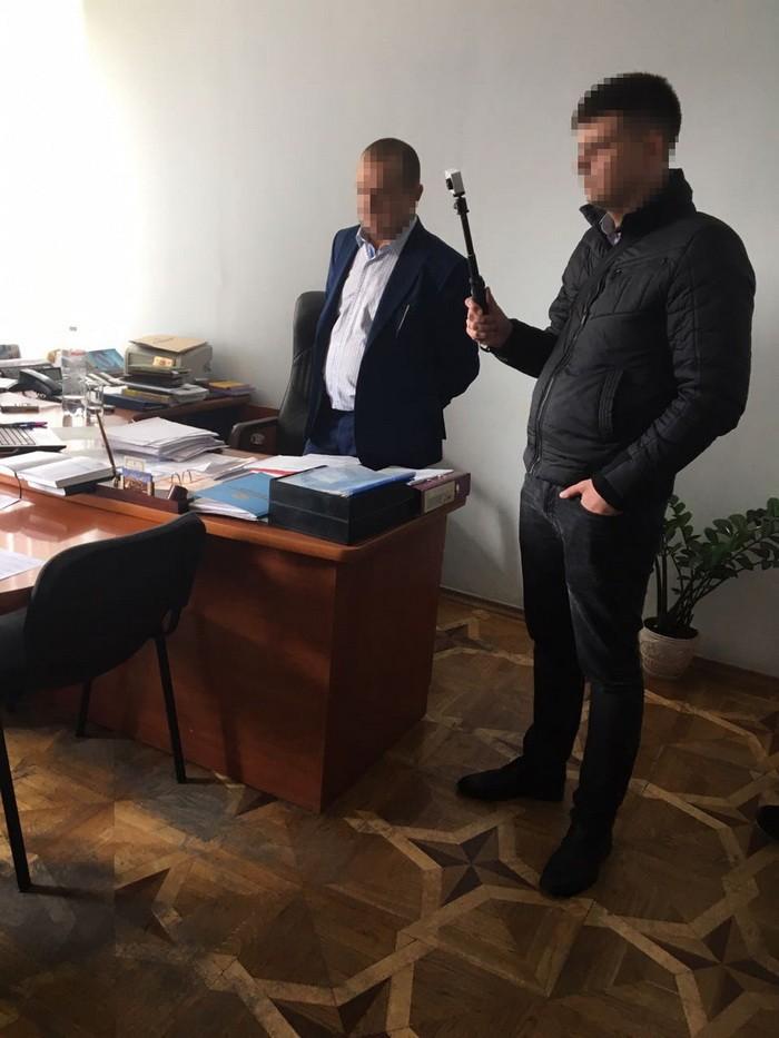 """СБУ взяла на взятке трех руководителей """"Укрзалізниці"""" в Винницкой области"""