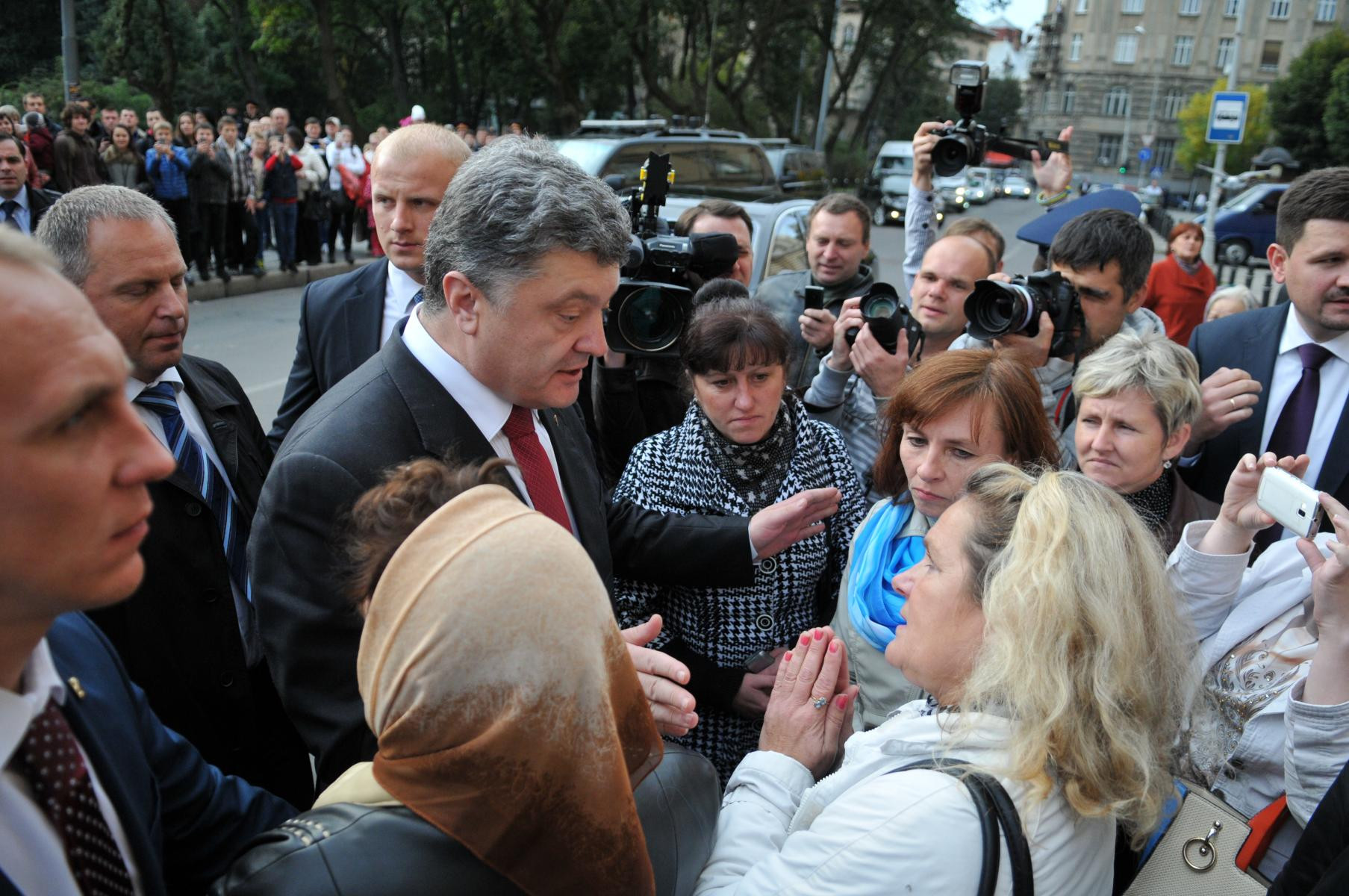 Традиционно украинцы считают, что президент отвечает за все, что происходит со страной