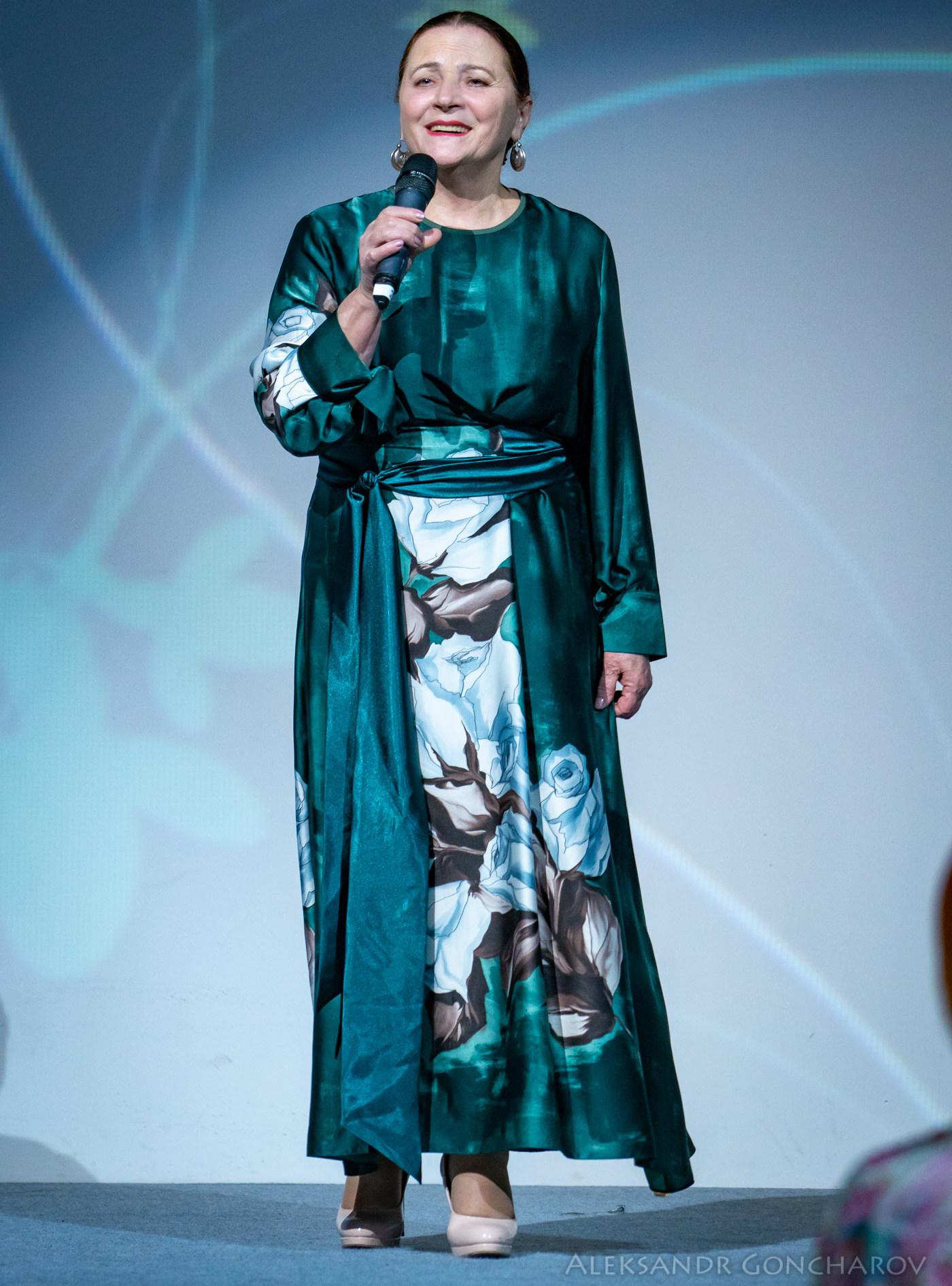 Певица Нина Матвиенк