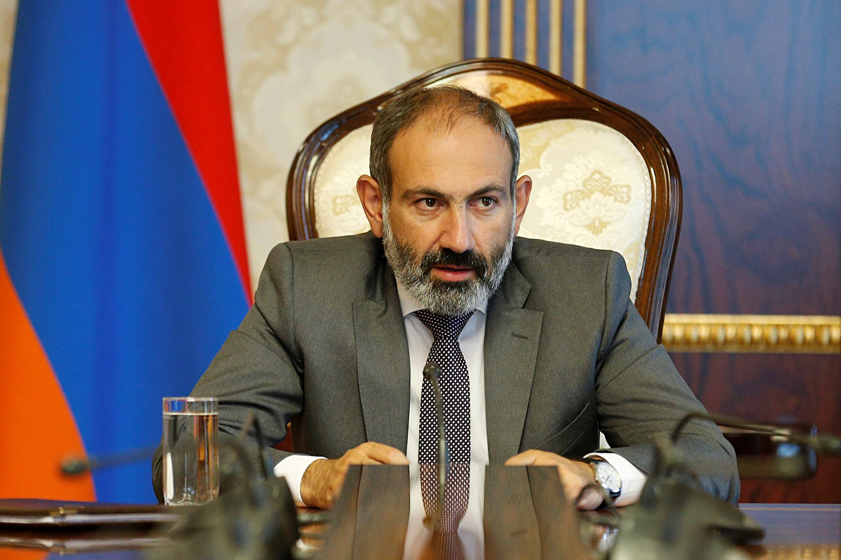 Премьер-министру Пашиняну необходимо переизбрание парламента, чтобы новое большинство сформировали его союзники
