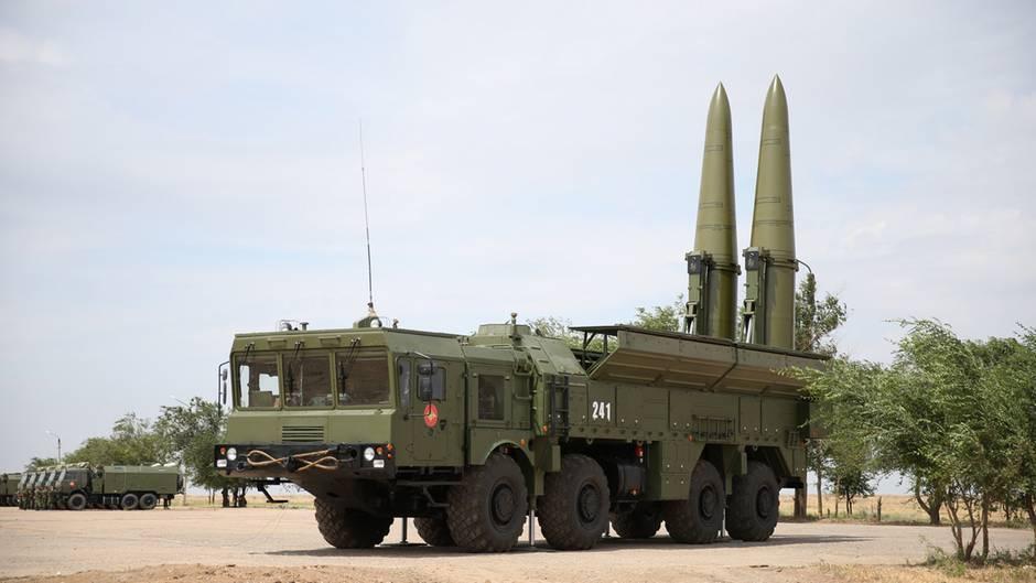"""Российский ракетный комплекс """"Искандер"""""""
