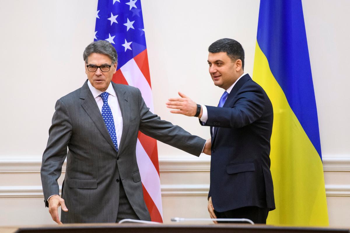 Министр энергетики США Рик Перри и премьер-министр Владимир Гройсман