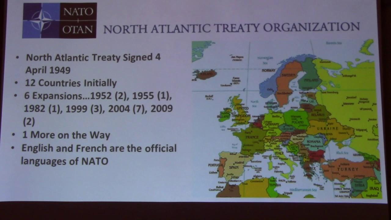 Куда важнее для вступления в НАТО внимательно читать Вашингтонский договор, чем изменять собственную Конституцию