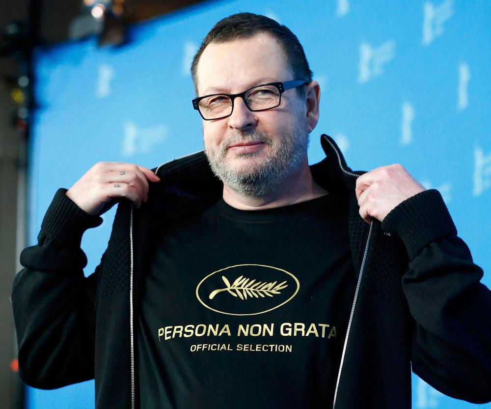 В 2018 году Ларс фон Триер вернулся в Канны после 7-летнего изгнания в футболке «Persona non grata» / Фото: AFP