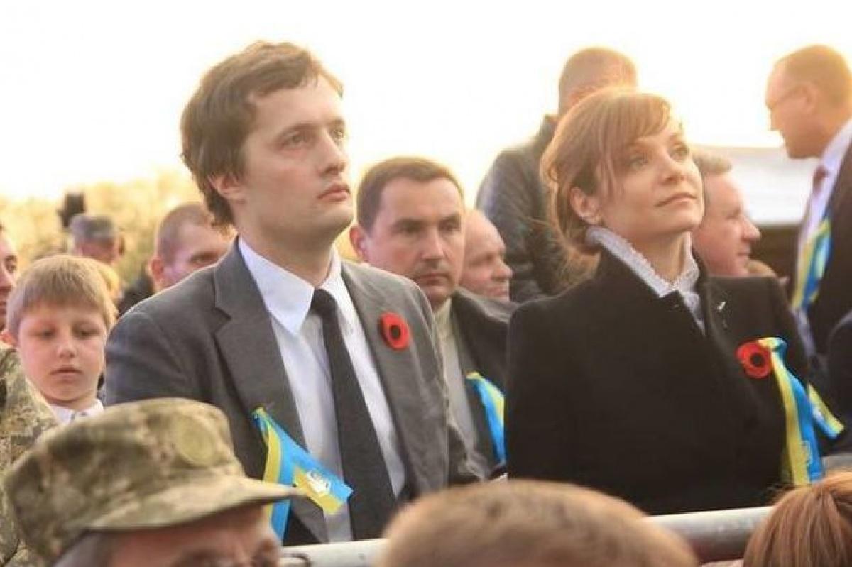 """Родители жены сына президента нардепа Алексея Порошенко проживают в России, а ее тетя и дядя голосовали на """"референдуме"""" в Крыму за присоединение к России"""