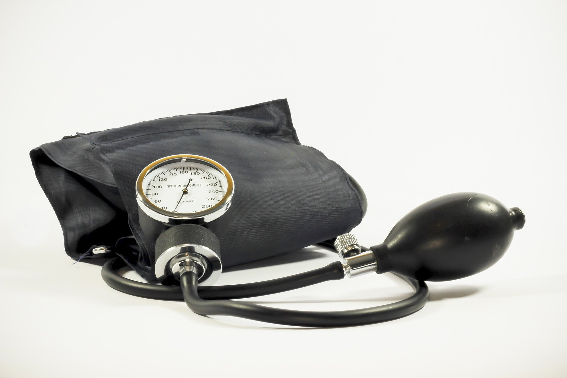 По данным ВОЗ, сердечно-сосудистые болезни - причина 31% всех смертей в мире. 85% из них вызваны инфарктами и инсультами
