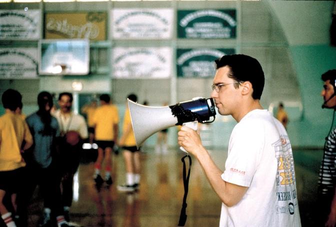 """Брайан Сингер на съемках фильма """"Способный ученик"""", 1997 год"""