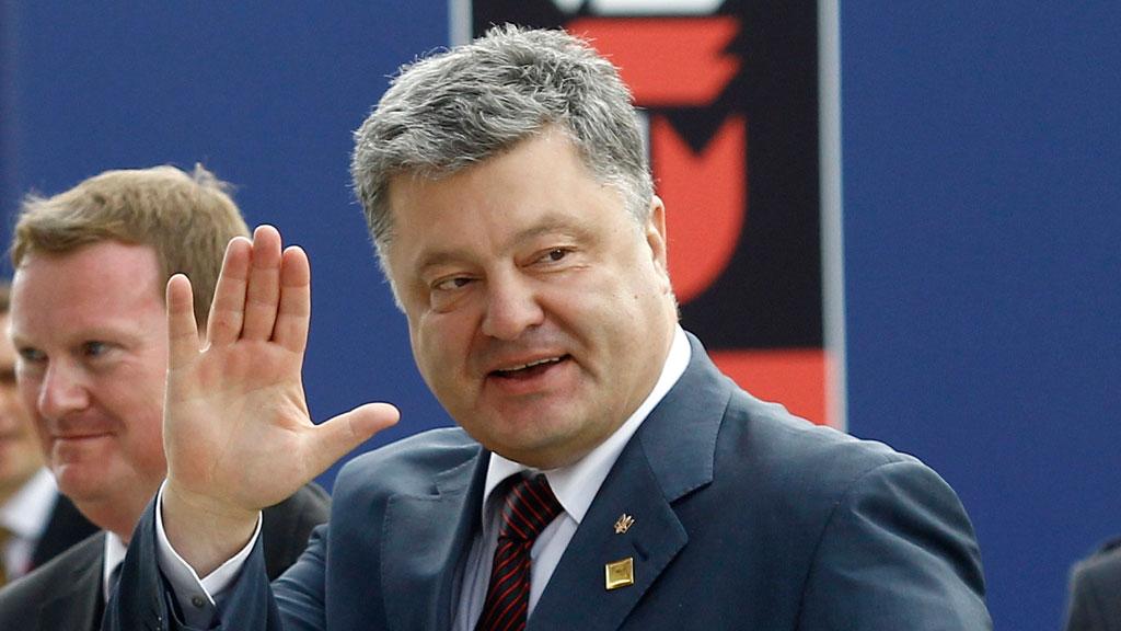 Каким образом в 2014 году рейтинг Петра Порошенко за три месяца взлетел с 2% до 32%, социологи затрудняются ответить