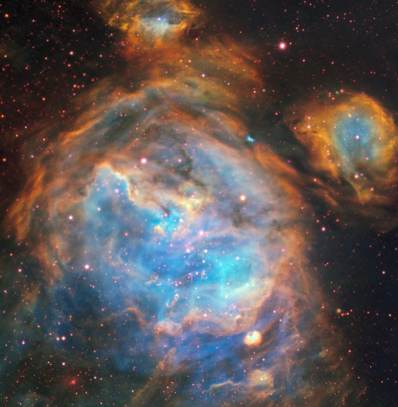 Снимок области LHA 120-N 180B в Большом Магеллановом Облаке
