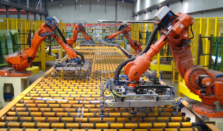 В строительстве лунной базы помогут промышленные роботы