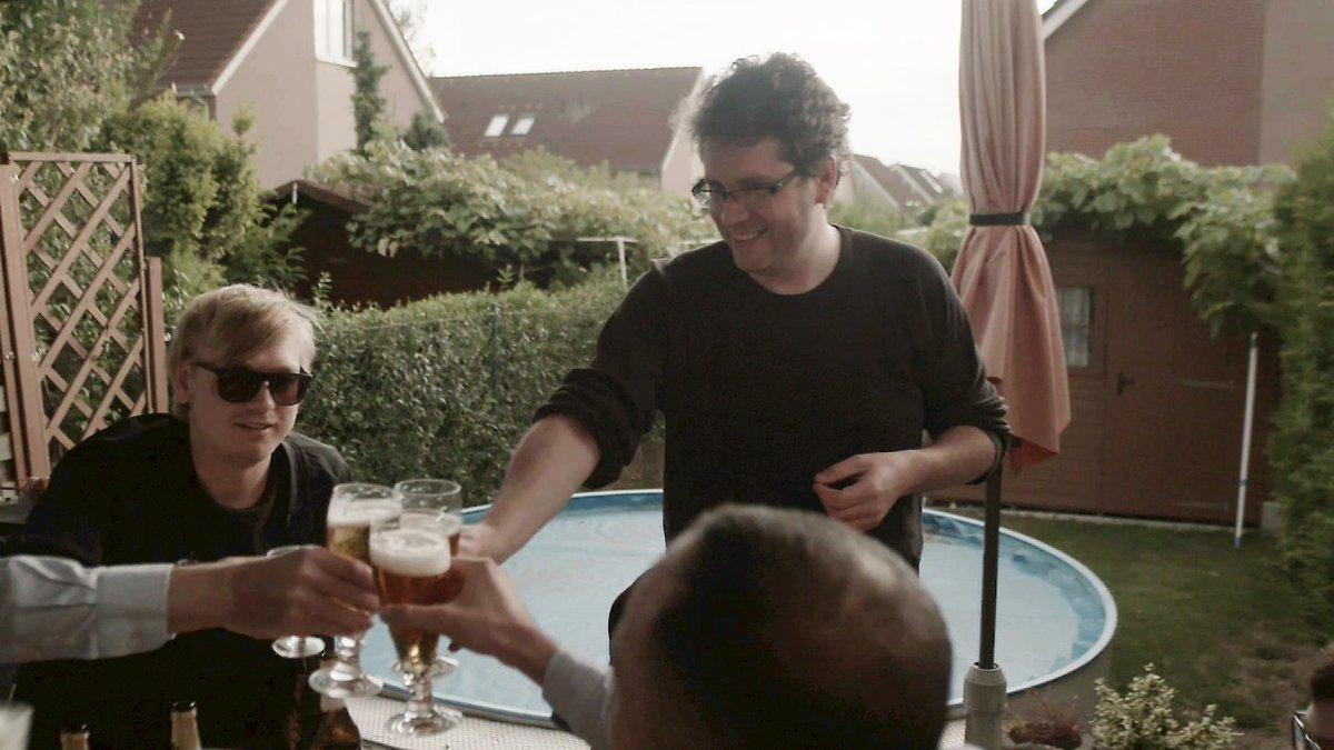 Неформальная встреча членов «Bellingcat» в Берлине (кадр из фильма)