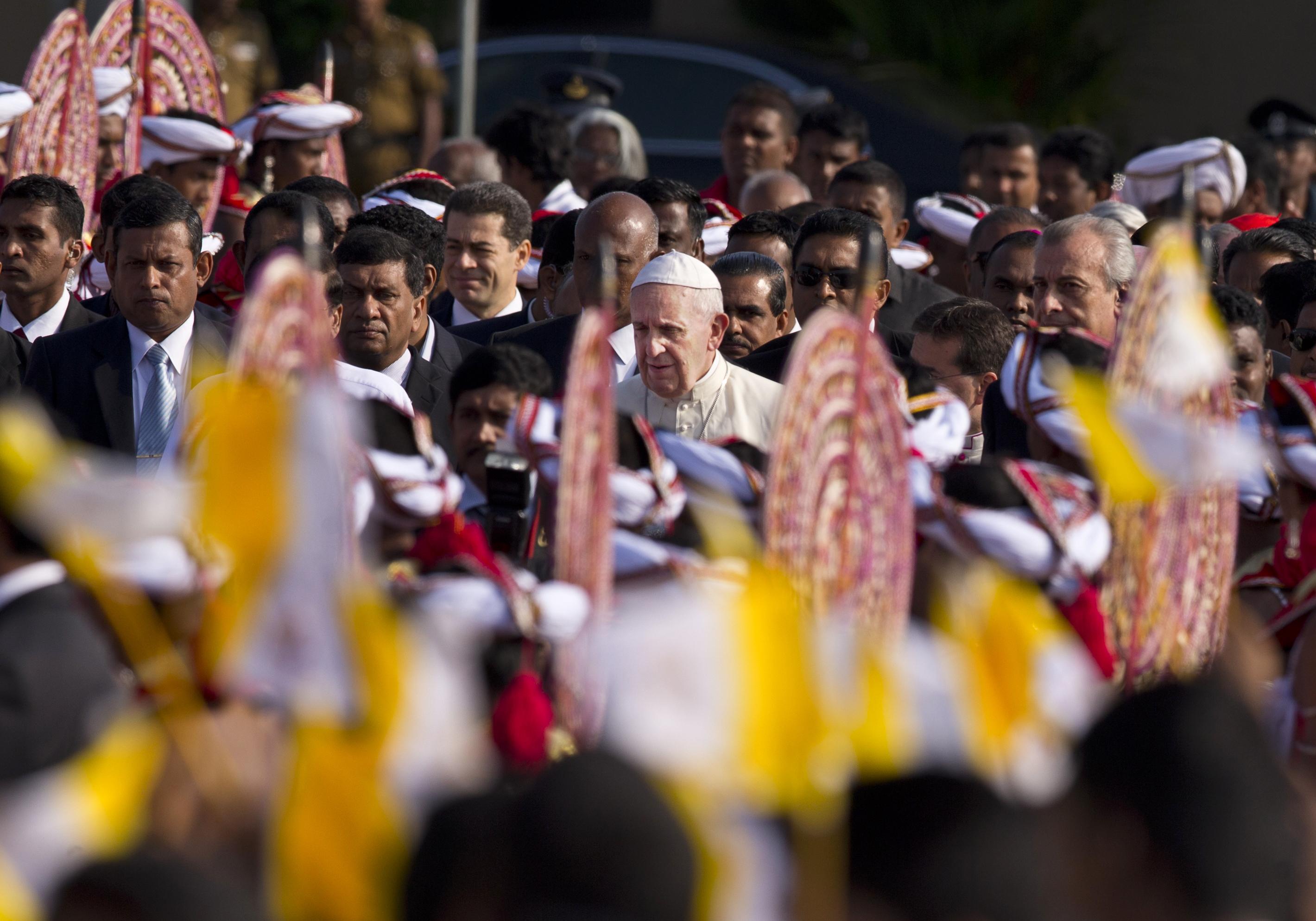 Папа Франциск в Коломбо, 2015 год / The Conversation / AP