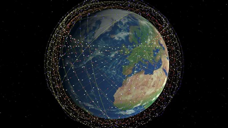 SpaceX рассчитывает запустить в будущем тысячи спутников, которые обеспечат широкополосный доступ к интернету по всему миру. 60 из них уже находятся на низкой околоземной орбите
