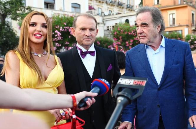 Марченко, Медведчук и Стоун на премьере фильма в Италии