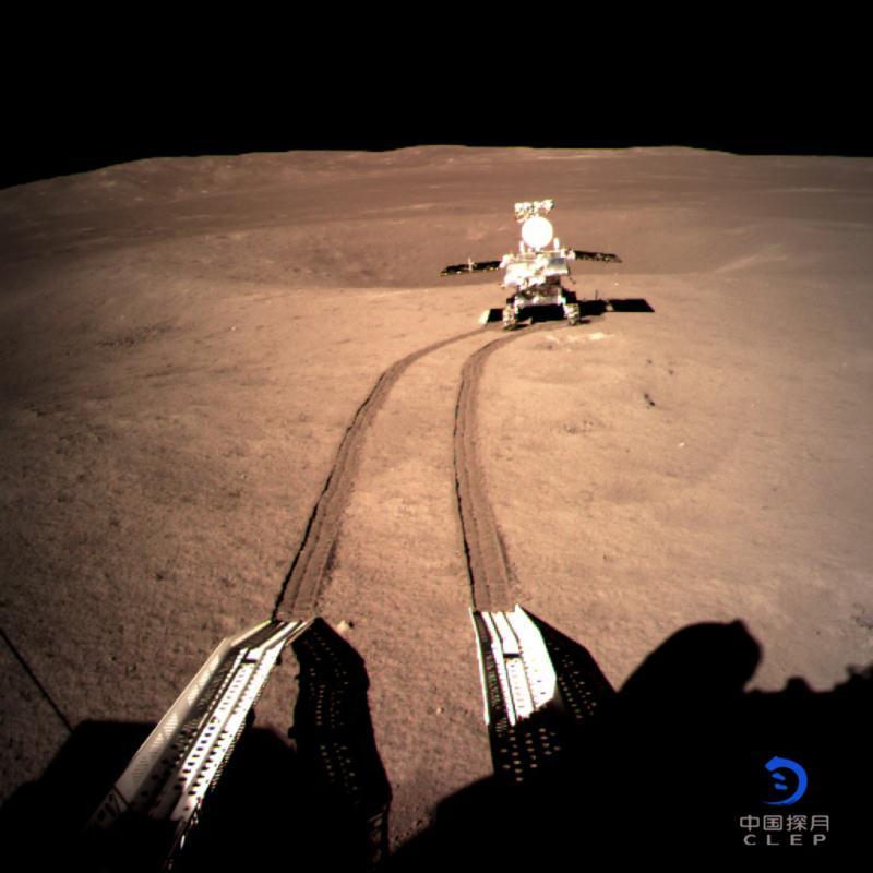 3 января 2019 года китайский аппарат «Чанъэ-4» совершил успешную посадку на обратной стороне Луны